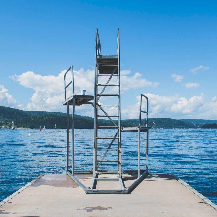 Así son las nuevas escaleras de piscina Gre