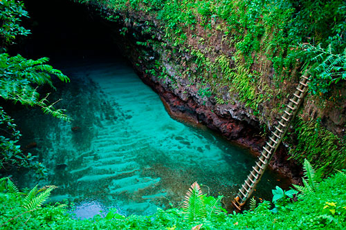 One of the best natural pools: To Sua Ocean-Trench pool in Samoa