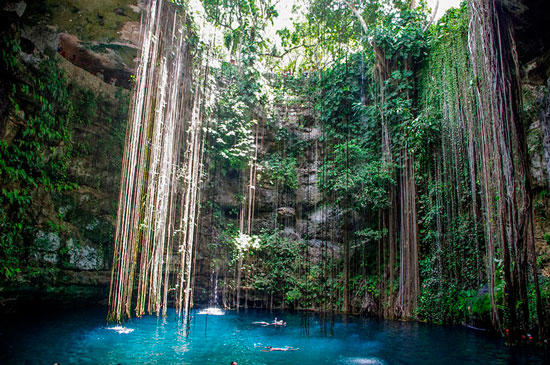One of the best natural pools: Cenote Ik-kil in Yucatan