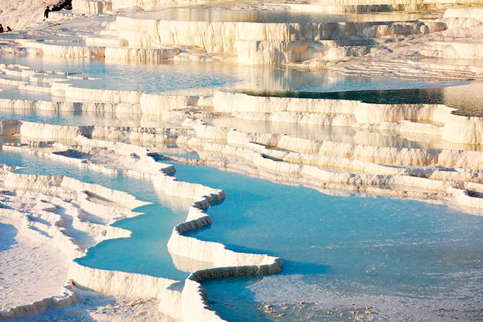 One of the best natural swimming pools: Pamukkale pools in Turkey