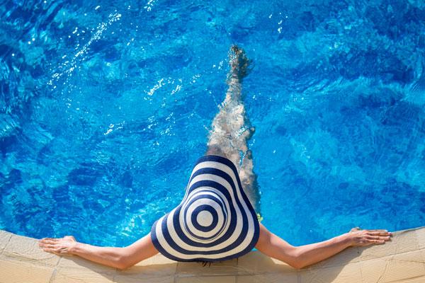 el mejor limpiafondos para la limpieza de la piscina