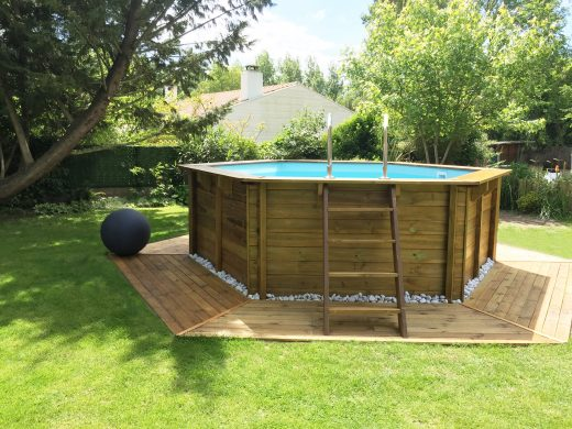 Wooden swimming pool set up
