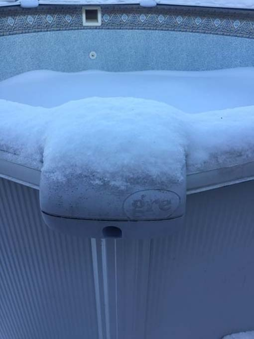 piscina-nieve-invierno